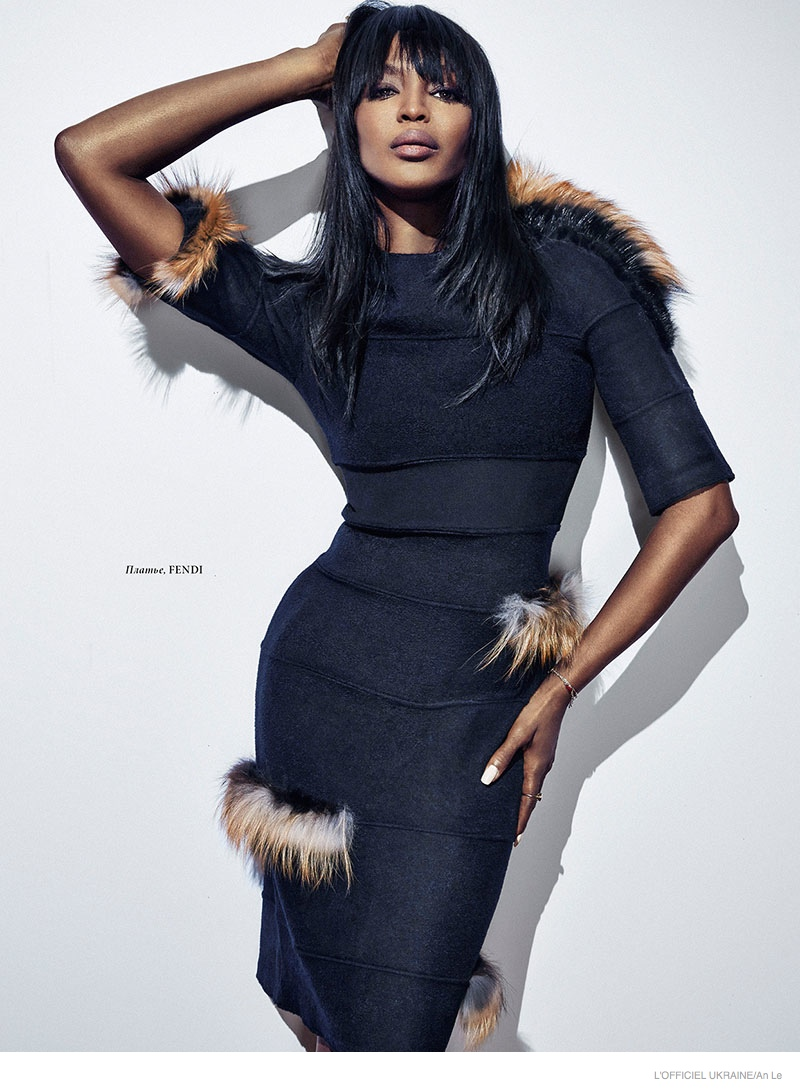 Naomi Campbell Flaunts Her Supermodel Figure For L
