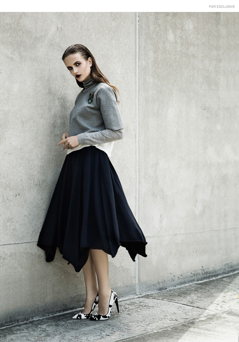 Turtleneck Tibi, Sweater Lars Andersson, Brooch Erickson Beamon, Shoes Paul Andrew