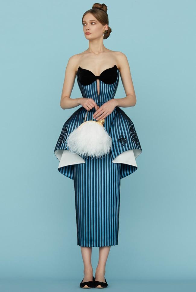 Ulyana Sergeenko Spring 2015 Haute Couture: A Dramatic Flair