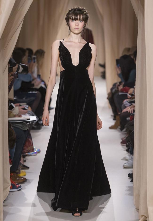 valentino-haute-couture-spring-2015-runway-photos01