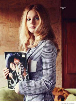 Playful 70s Style: Zanna van Vorstenbosch Poses for L'Officiel Netherlands