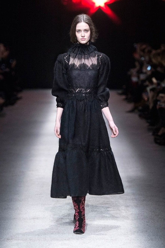 alberta-ferretti-fall-winter-2015-runway01