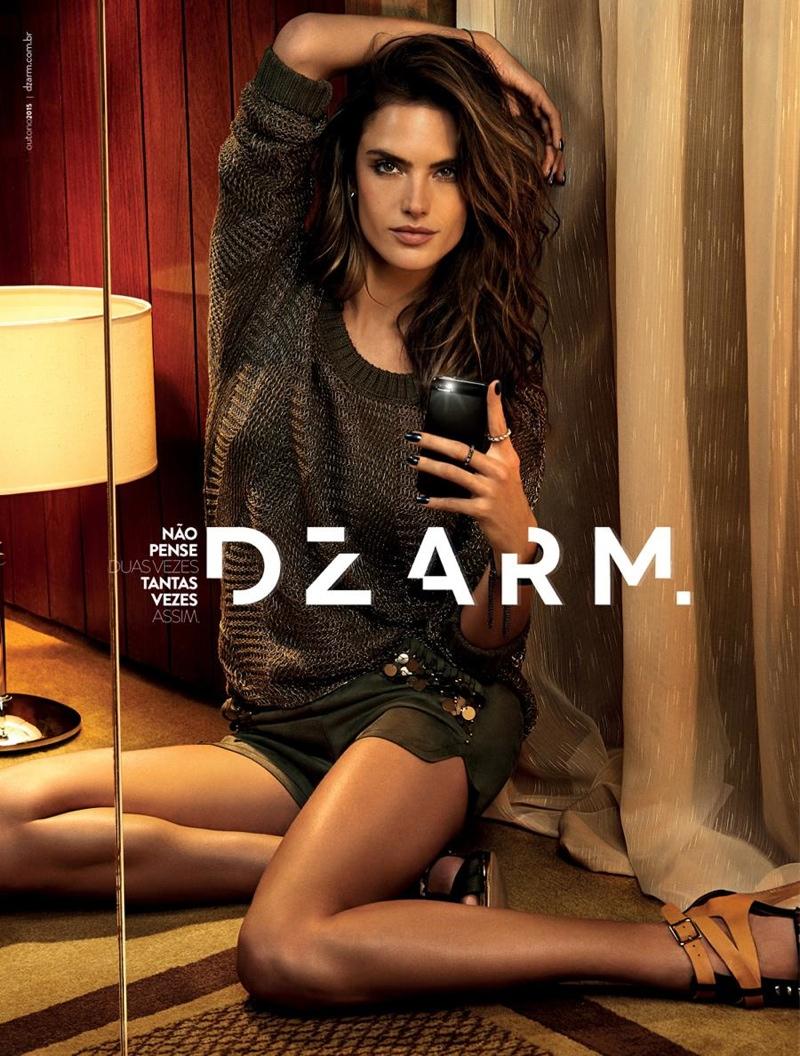 alessandra-ambrosio-selfie-campaign-2015-dzarm4
