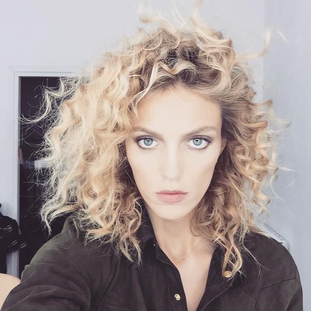Anja Rubik rocks curly hair for future shoot