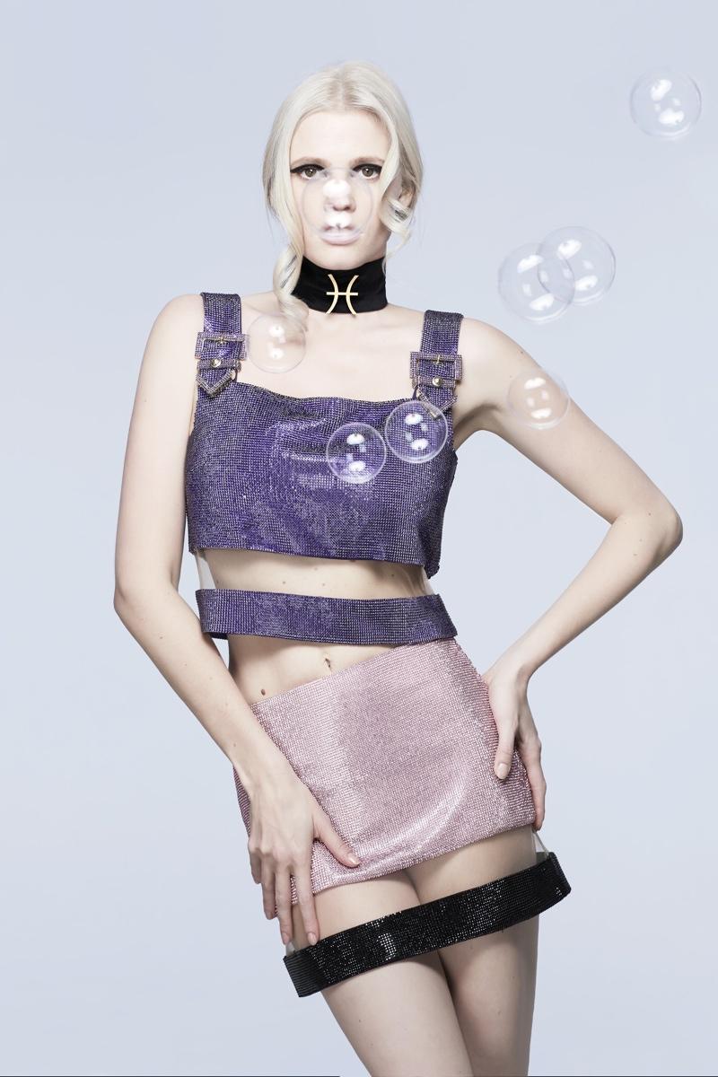 bazaar-zodiac-fashion-carine1