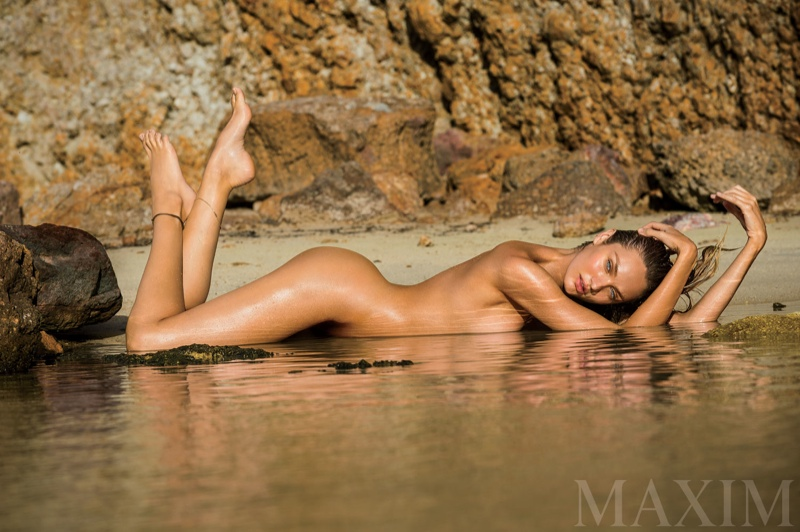 candice-swanepoel-nude-maxim-magazine-march-2015-03