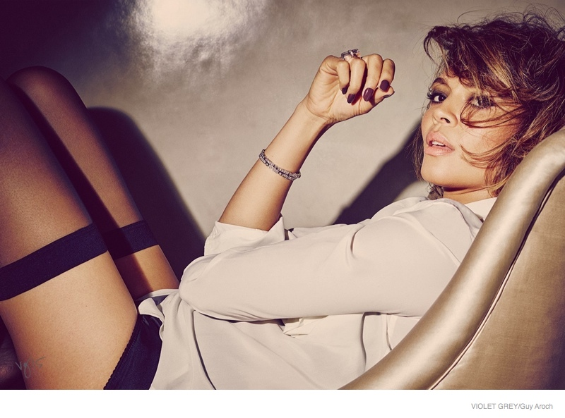 'Selma' Star Carmen Ejogo Poses for Violet Grey Photo Shoot