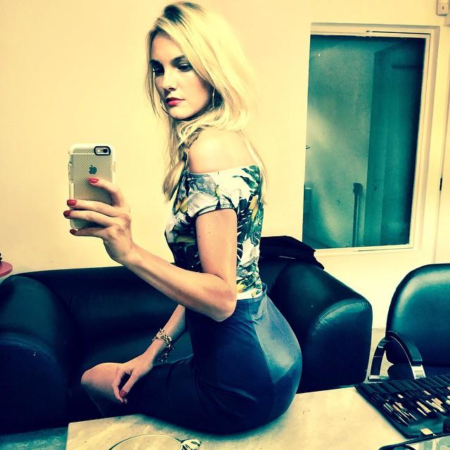 Caroline Trentini takes a bathroom selfie