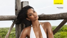 chanel-iman-swimsuit-photos05