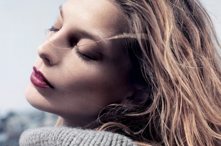 daria-werbowy-lancome-makeup-shoot03