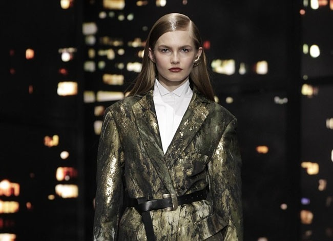 donna-karan-2015-fall-winter-runway-show26