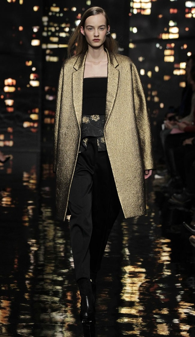 A look from Donna Karan's fall-winter 2015 collection