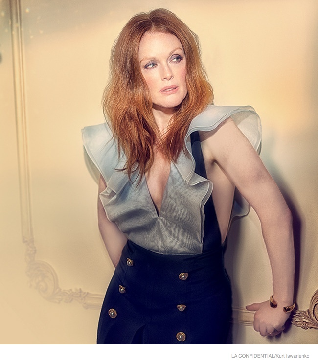 julianne-moore-sexy-fashion-shoot02