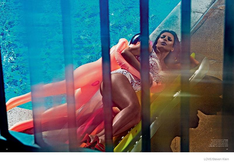 kim-kardashian-naked-love-magazine02