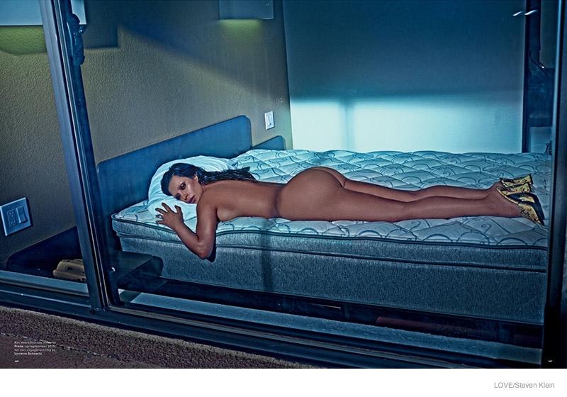 kim-kardashian-naked-love-magazine04