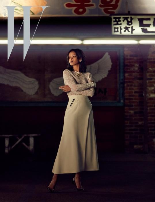rihanna-dior-fashion-shoot-w-korea01