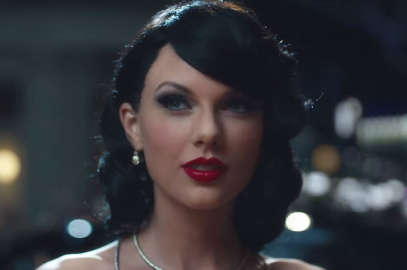10 Times Taylor Swift Rocked Red Lipstick