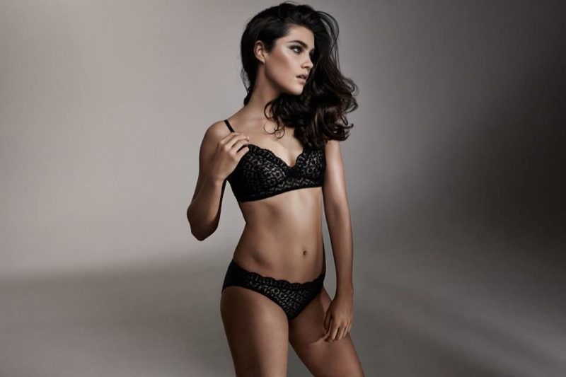 Anna models a Luxe Volupte Soft Bra and Plenitude Volupte Briefs  from Eres