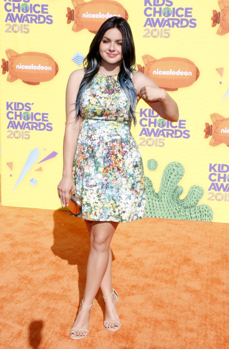 Ariel Winter donned a floral print dress. Photo: David Gabber / PRPhotos.com
