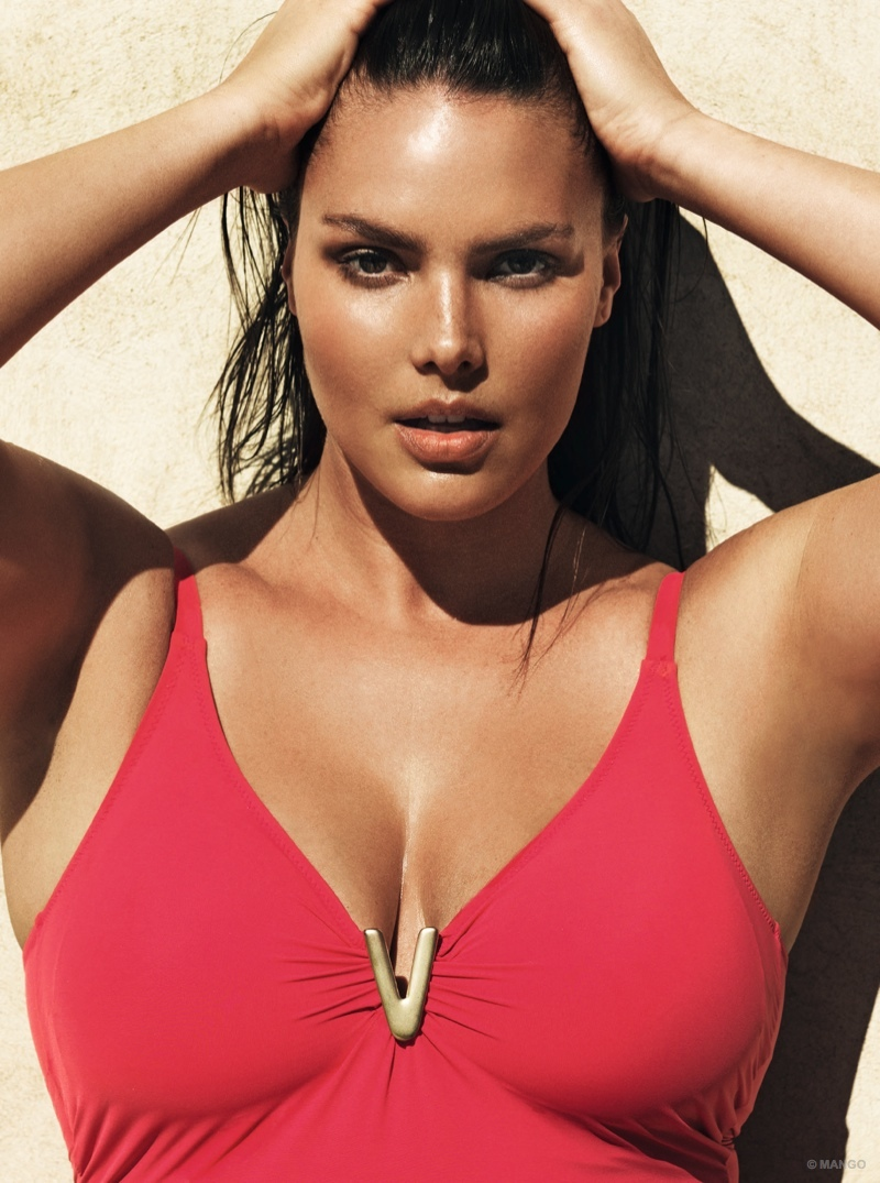 The plus size model previously appeared on the cover of Vogue Italia and in the 2015 Pirelli calendar.