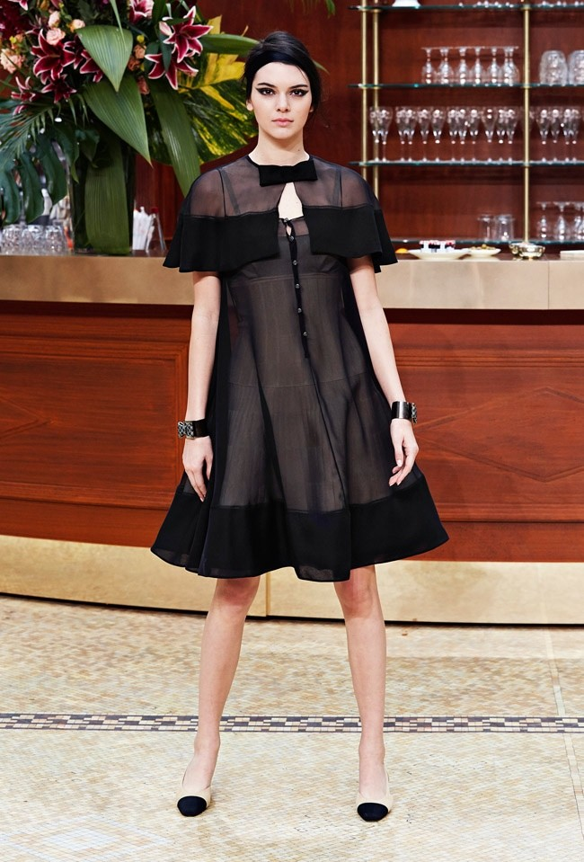 Kendall Jenner Chanel Fashion Show 2015 Kendall Jenner Rule the