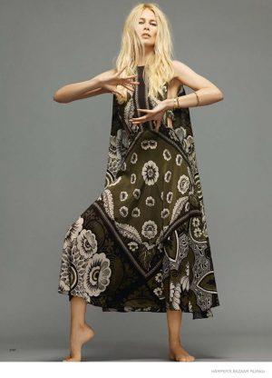 Claudia Schiffer Models 1970s Inspired Fashion for Harper's Bazaar Russia