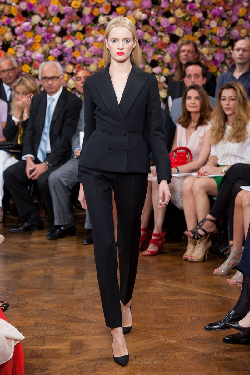 Raf Simons' sleek and modern version of the Dior bar jacket for Dior's fall 2012 haute couture show.