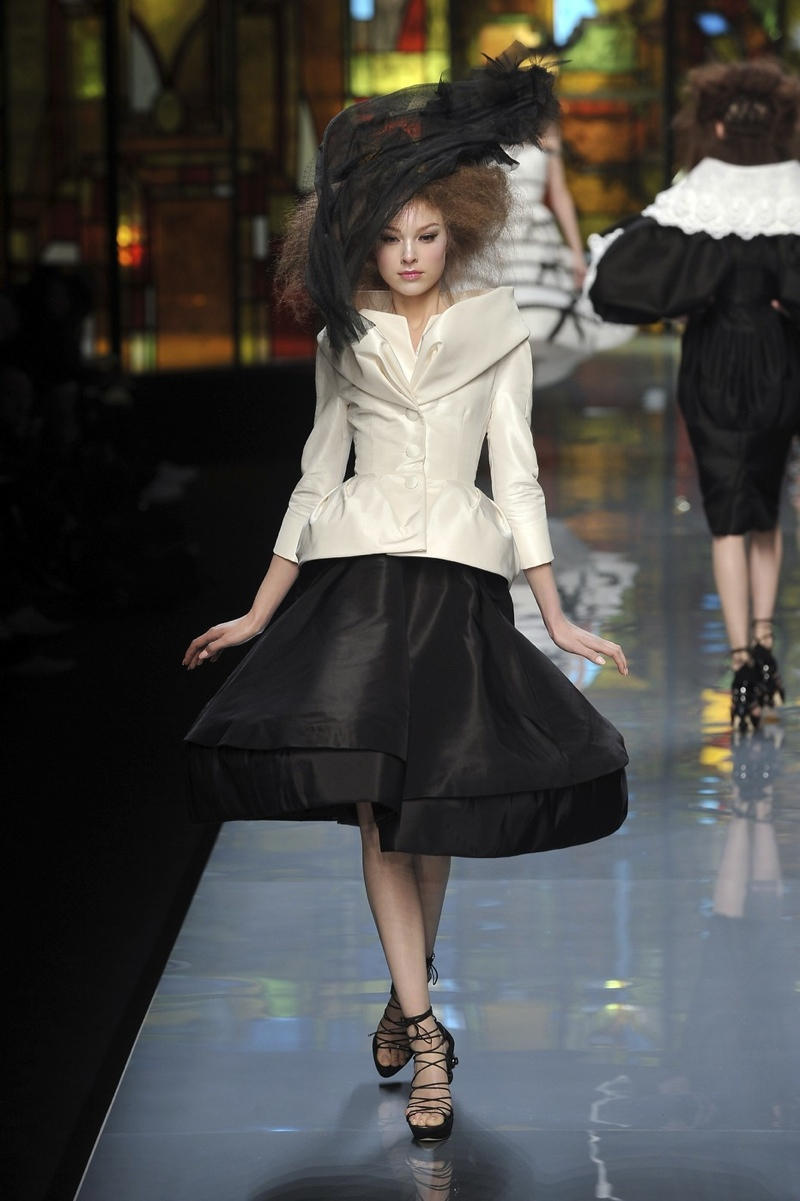 The Dior bar jacket featured in the brand's spring 2009 couture runway show.