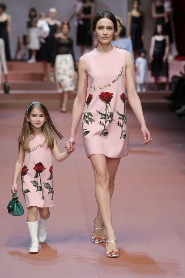 Dolce   Gabbana Fall 2015  Motherly Dress 73371bf16f4