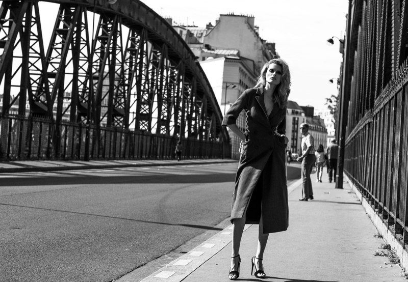 Elena poses on the streets of Paris