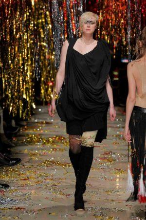 'Game of Thrones' Star Walks Paris Fashion Week + See New Season 5 Trailer!
