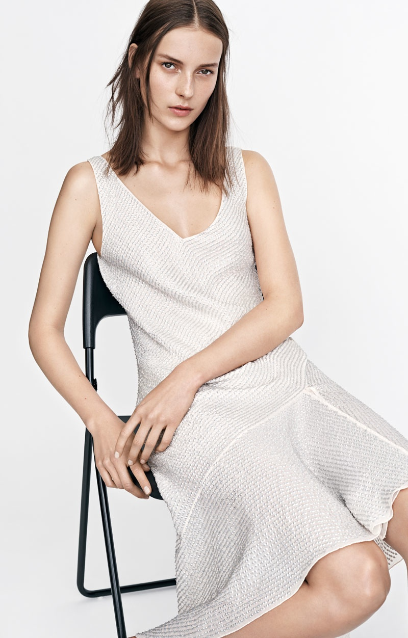 A simple white dress, shows that sustainable style from H&M does not have to be overly complicated.