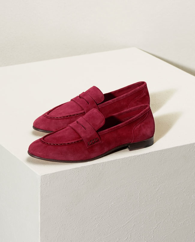 Borrowing from the boys, get a casual pair of loafers at H&M this spring