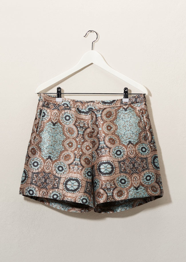 You can find shorts with psychedelic prints at H&M this spring