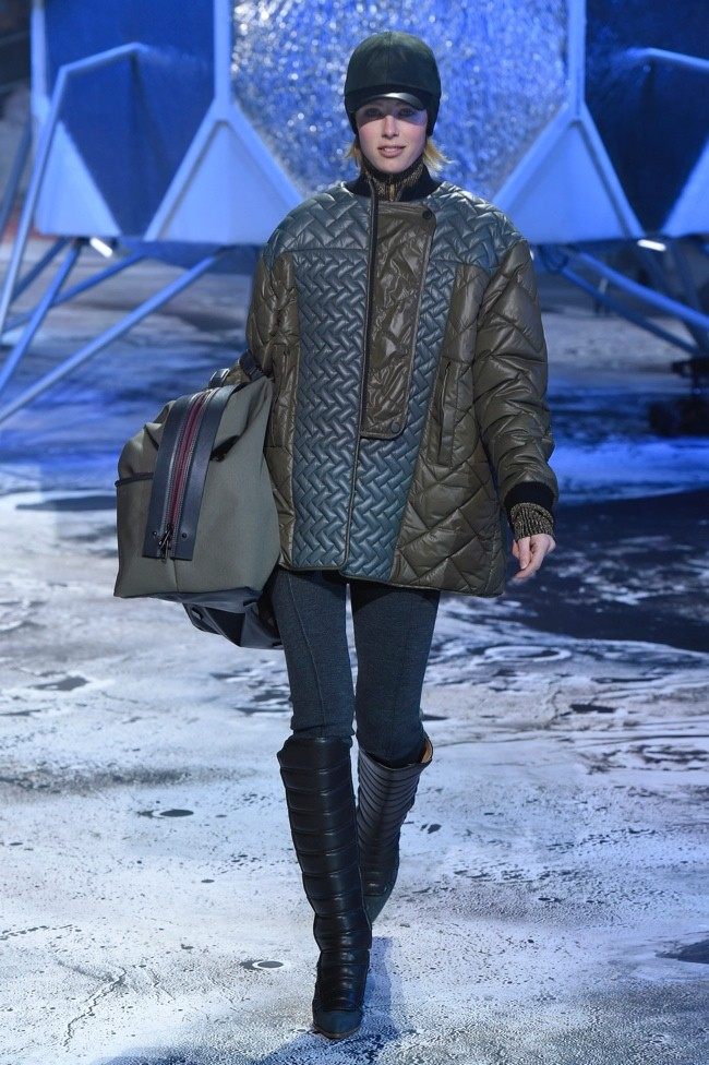 hm-studio-fall-winter-2015-runway01