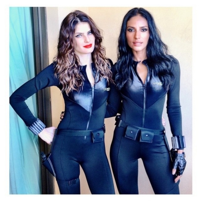 Posing with Emanuela de Paula, Isabeli Fontana poses on set of upcoming L'Oreal Brazil campaign. Photo via Instagram.