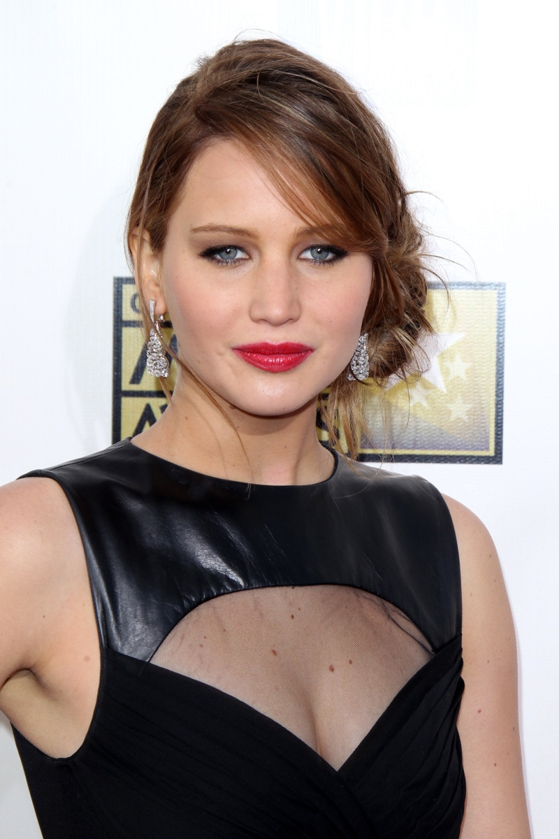 Here is Jennifer with a messy, side-parted bun with light brown hair in 2013. Photo: Shutterstock.com