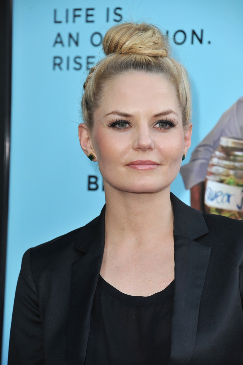 Jennifer Morrison wears a top knot bun hairstyle. Photo: Shutterstock.com