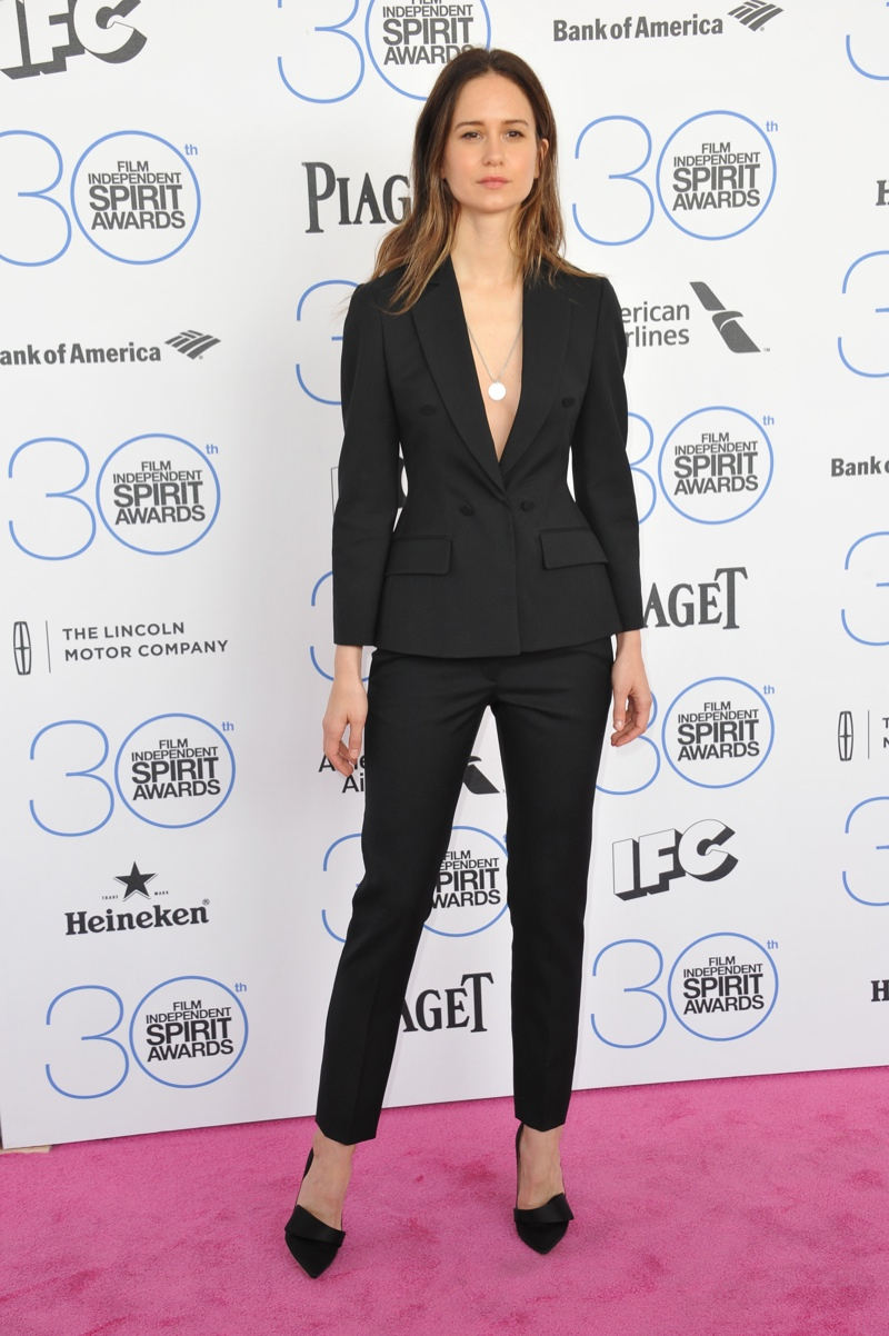 8 Ways to Wear the Pant Suit