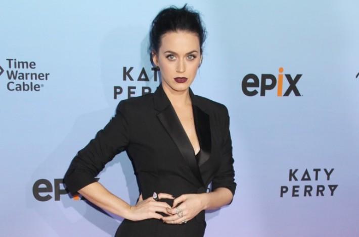 katy-perry-balenciaga-black-tuxedo-dress01