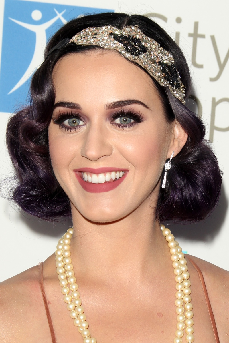 Katy Perry went full on flapper with her wavy bob-length hairstyle. Photo: Shutterstock.com