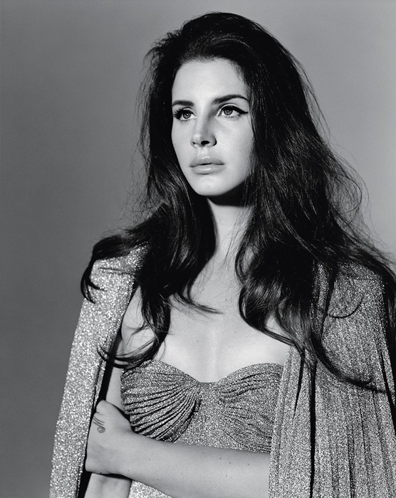 Photographed in black and white, Lana looks somber in this image.