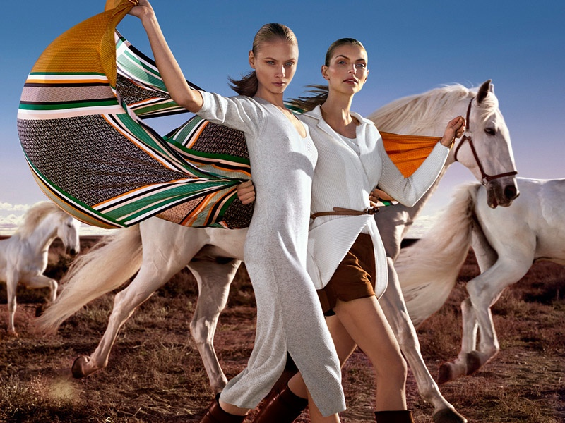 Light colors and casual separates define the new Equestrian collection from Massimo Dutti.