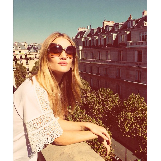 Rosie Huntington Whiteley on Instagram: Style in Photos Rosie Huntington Whiteley Instagram