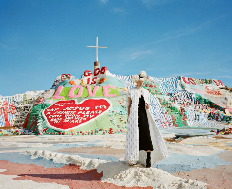 Paper Takes a Fashion Pilgrimage to Salvation Mountain