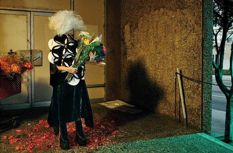 Sia wears a Junya Watanbe skirt and top