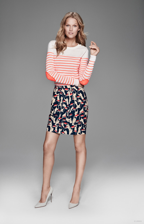 Toni Garrn mixes prints in stripes and florals.