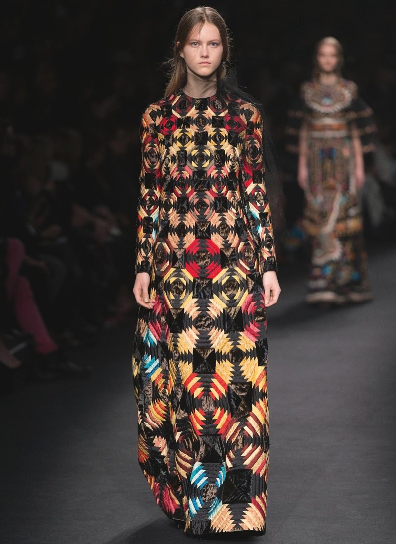 Paris Fashion Week Fall 2015 Trends: High-Waist Pants