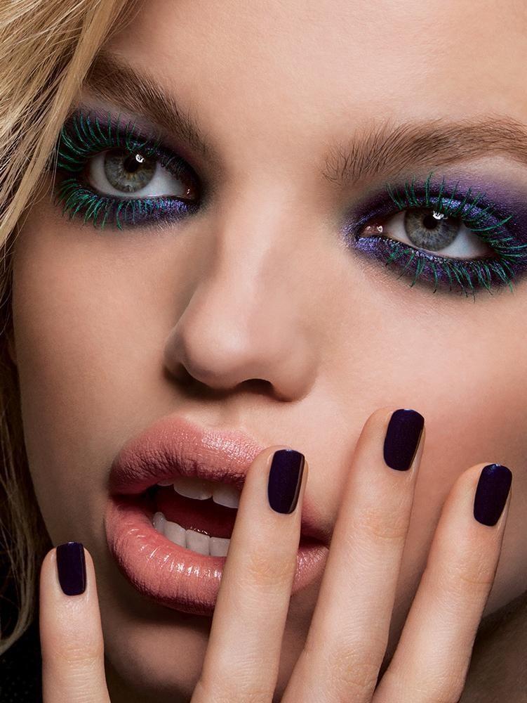 Daphne Groeneveld rocks a  blue, smokey eyeshadow shade in Tom Ford Beauty ad. Photo: Inez & Vinoodh