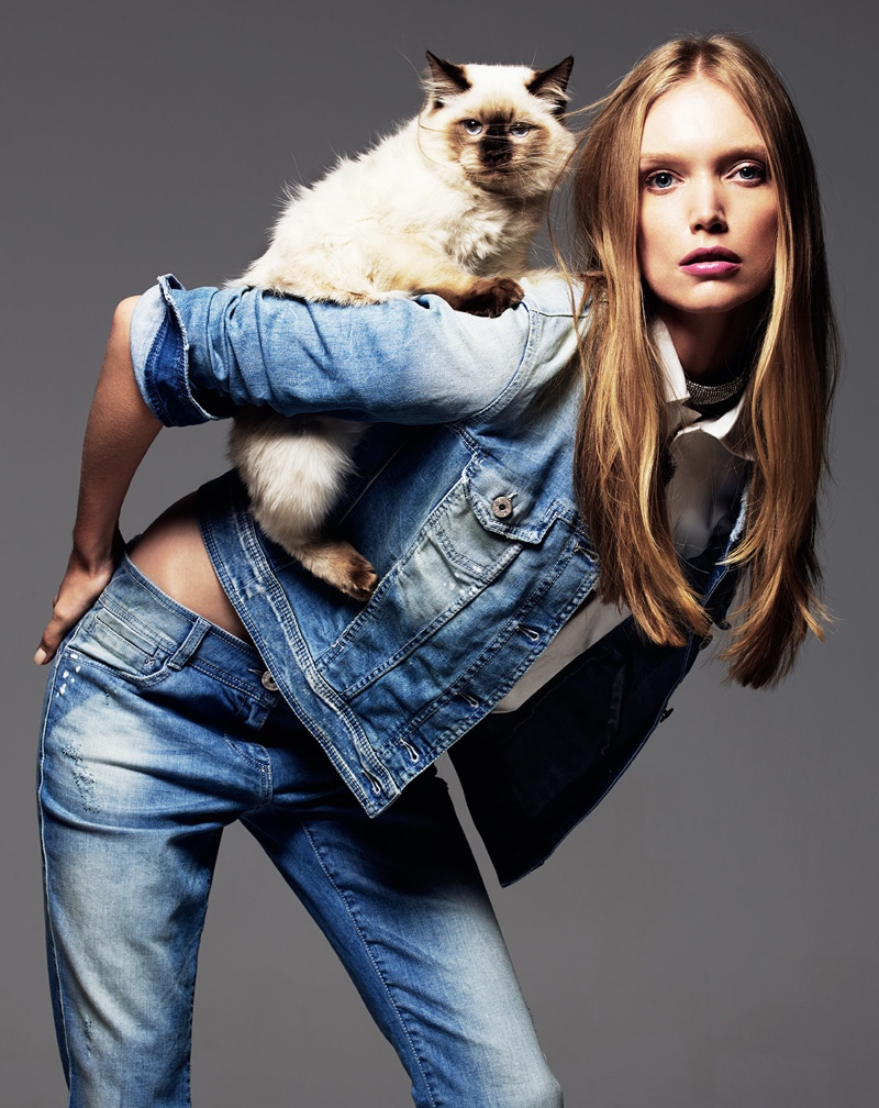 Shannon Ann Philips Models with Cats for Glamour Italia | Fashion Gone Rogue